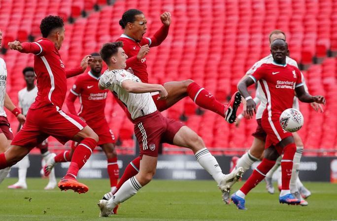 Hạ Liverpool trên chấm luân lưu, Arsenal đăng quang Siêu cúp Anh - Ảnh 2.