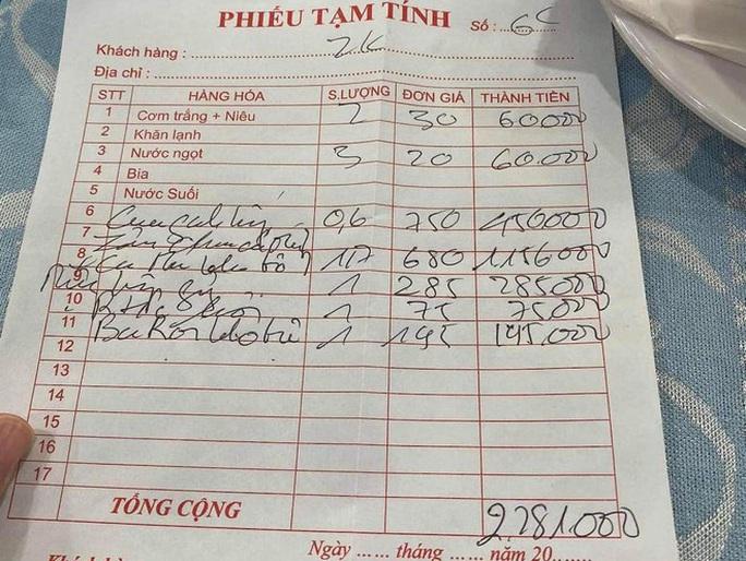 Đội trưởng CLB TP HCM tố chặt chém, quán Thuyền Chài bị ngừng kinh doanh - Ảnh 3.