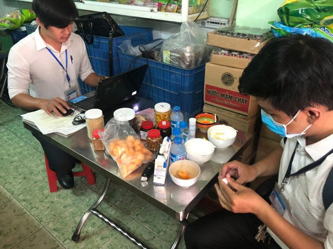 Đồng Nai khẩn cấp kiểm tra, yêu cầu ngừng sử dụng và thu hồi Pate Minh Chay - Ảnh 2.
