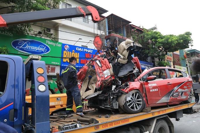 Tai nạn kinh hoàng, 3 người tử vong, 1 nhập viện cấp cứu - Ảnh 1.