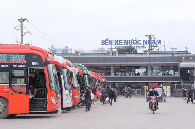 Thông báo khẩn tìm người đi cùng xe bệnh nhân 620 từ Đà Nẵng về Hà Nội - Ảnh 1.