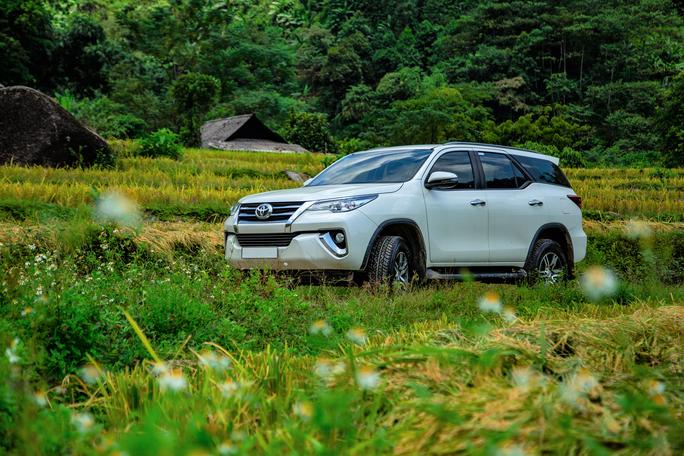 Hàng trăm xe Toyota Fortuner, Innova bị lỗi bu-lông - Ảnh 2.
