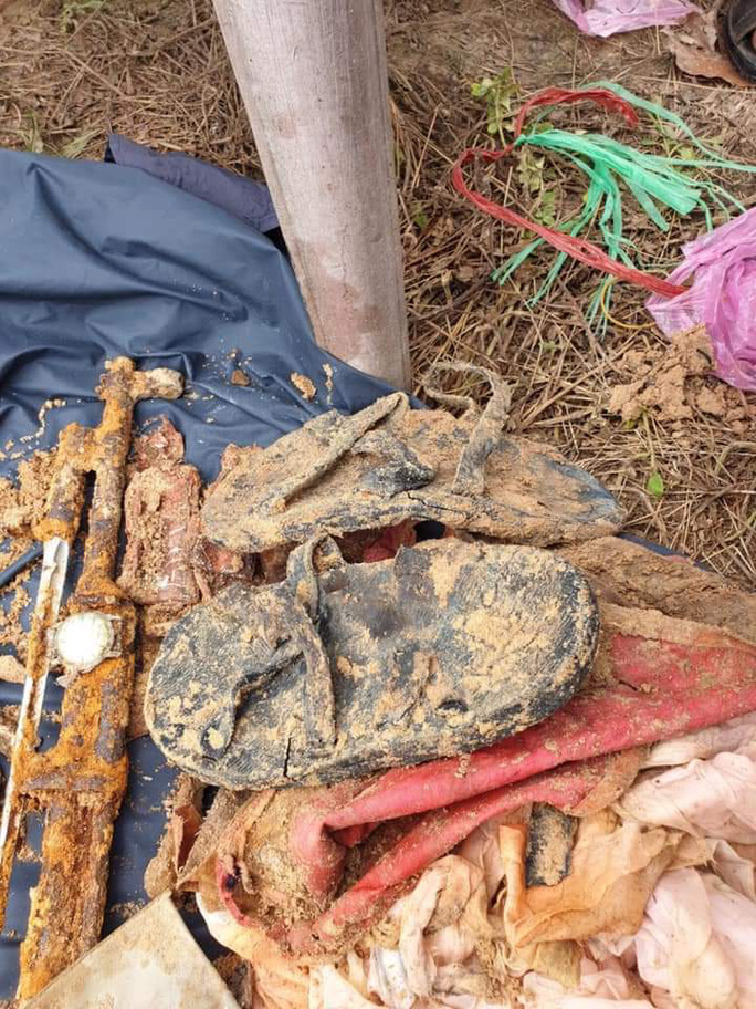 Bình Dương: Tìm thấy hài cốt liệt sĩ trong rừng cao su - Ảnh 1.