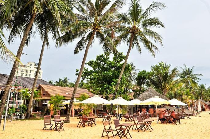 Nhiều khách sạn ở Phú Quốc cam kết giảm giá 30-50% cho du khách - Ảnh 4.