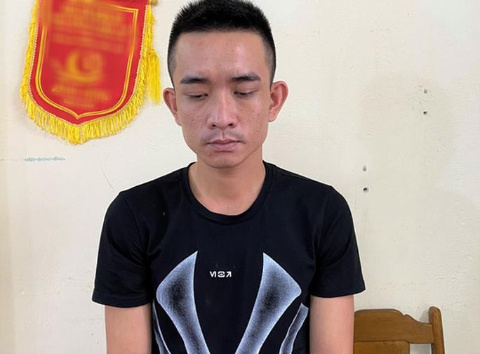 Vây bắt thanh niên có lệnh truy nã đặc biệt đang lẩn trốn tại Hà Nội - Ảnh 1.