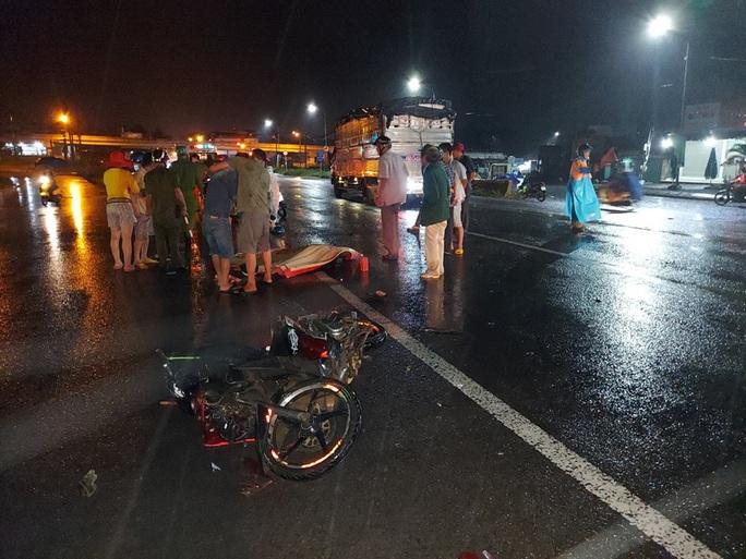 Lại chết người ở điểm đen tai nạn cầu treo Dầu Giây - Ảnh 1.