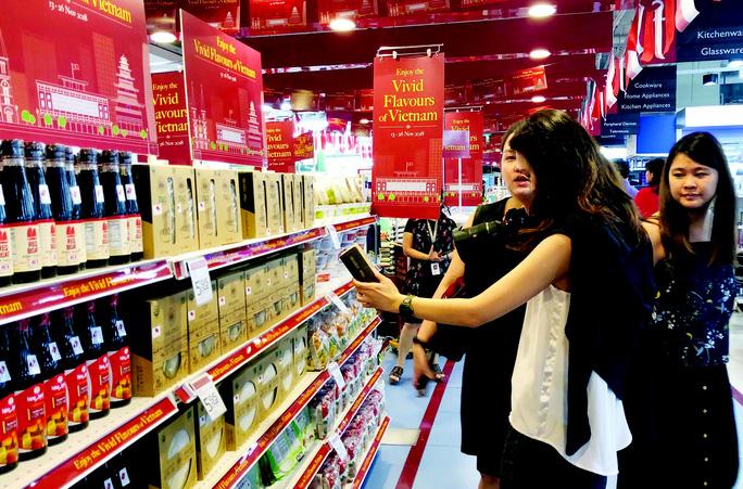Bán lẻ Việt nỗ lực gia nhập thị trường quốc tế - Ảnh 1.