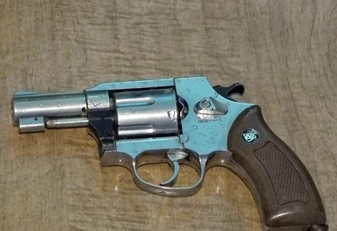 """Tân giám đốc công an tỉnh tiếp tục chỉ đạo phá ổ ma túy """"khủng"""", thu 7 khẩu súng - Ảnh 6."""