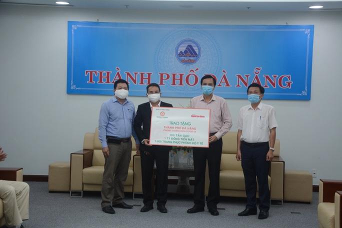 Đà Nẵng, Quảng Nam tiếp nhận hỗ trợ từ Tập đoàn Hưng Thịnh thông qua Báo Người Lao Động - Ảnh 4.