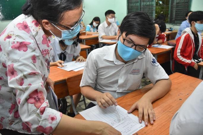 TP HCM: 115 điểm thi đón thí sinh làm thủ tục - Ảnh 8.