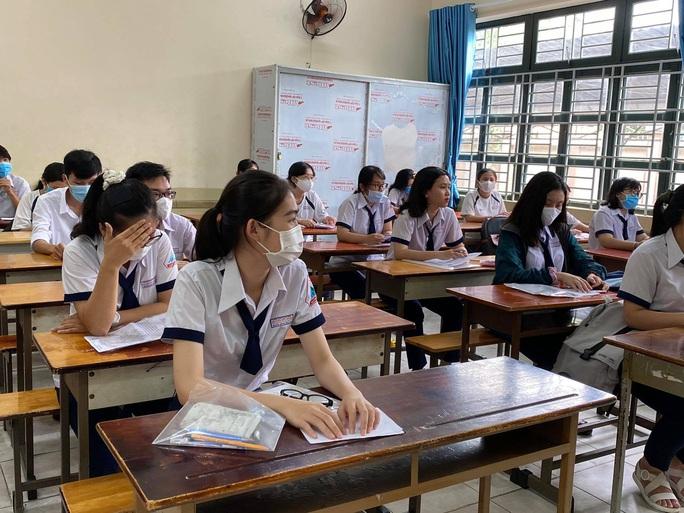 TP HCM: 115 điểm thi đón thí sinh làm thủ tục - Ảnh 5.