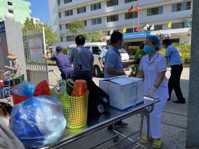 Xúc động tâm thư của Giám đốc Bệnh viện C Đà Nẵng khi được dỡ lệnh phong tỏa - Ảnh 2.