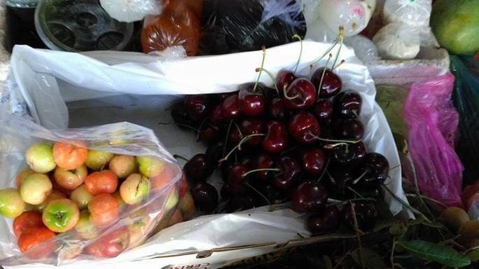 Cherry Mỹ, Canada giảm giá sập sàn, nhà nhập khẩu lo lỗ vốn - Ảnh 2.