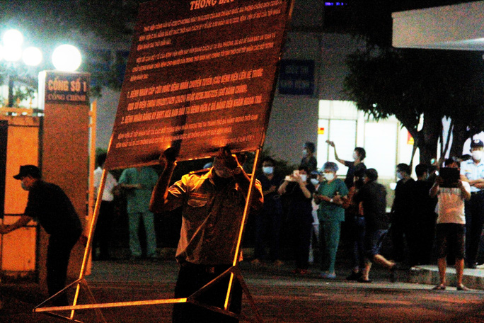 Bệnh viện C Đà Nẵng đã mở cửa trở lại, sau 14 ngày phong tỏa hoàn toàn - Ảnh 5.