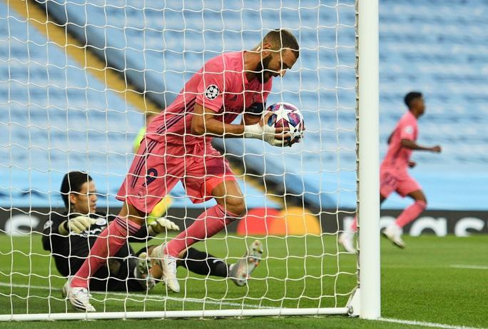 Bắn hạ Kền kền trắng, Man City thẳng tiến Champions League - Ảnh 6.