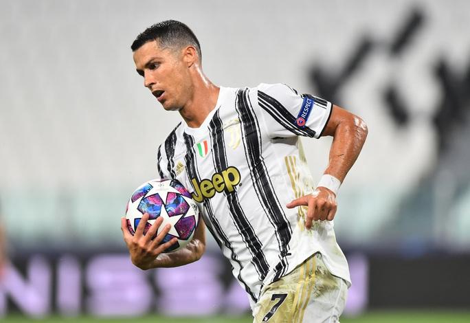 Ronaldo lập cú đúp, Juventus bị hất văng khỏi Champions League - Ảnh 4.