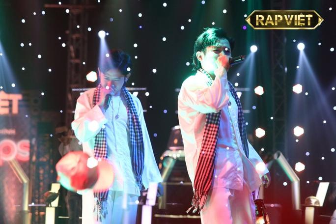 Rap Việt gây sốt vì Ricky Star, King of Rap không thua kém với Pháo - Ảnh 1.