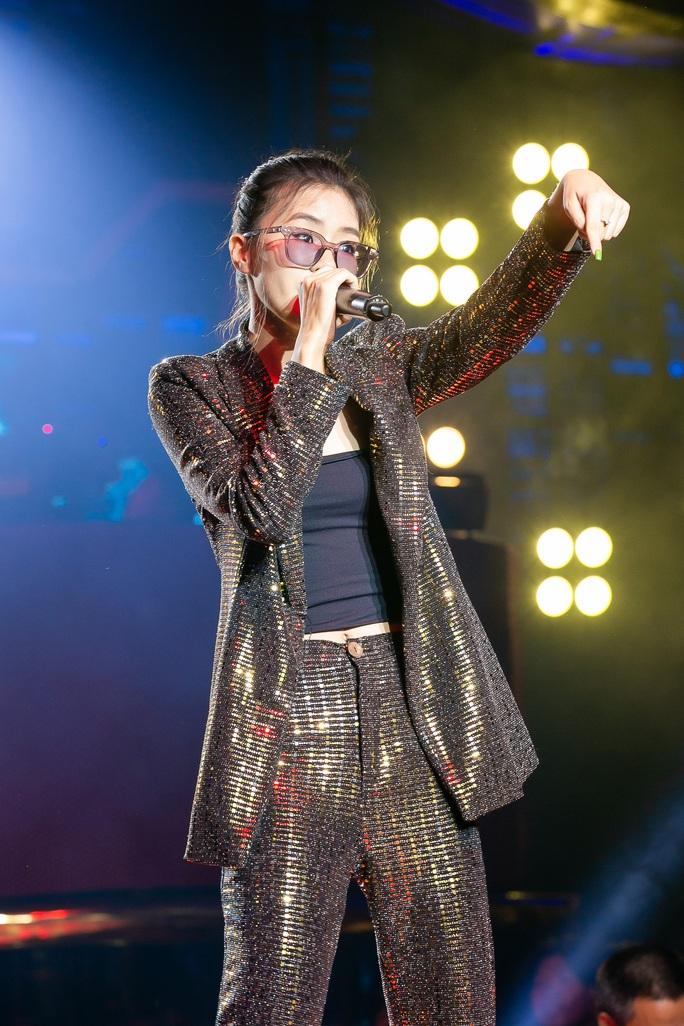 Rap Việt gây sốt vì Ricky Star, King of Rap không thua kém với Pháo - Ảnh 3.
