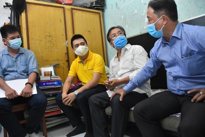 Mai Vàng nhân ái đến thăm nhạc sĩ Phan Thao và nhạc sĩ Kỳ Anh - Ảnh 6.