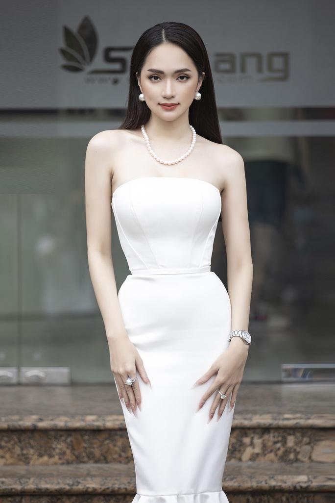 Hương Giang: Muốn làm sao hạng A nhanh nhất thì làm hoa hậu - Ảnh 1.