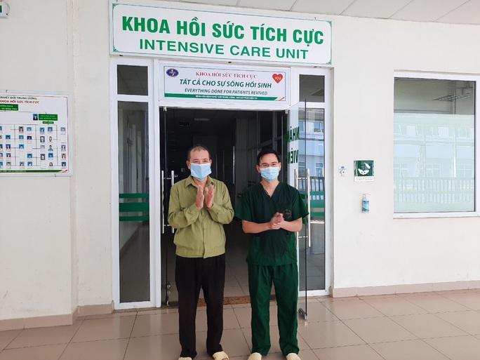 Người giao bánh pizza ở Hà Nội từng tổn thương phổi 70% đã khỏi Covid-19 - Ảnh 2.