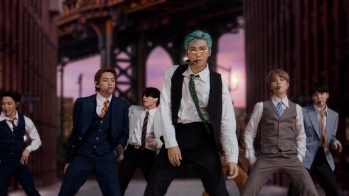 Nhóm nhạc mỹ nam BTS chạm vị trí số 1 trên bảng xếp hạng Billboard Hot 100 - Ảnh 1.