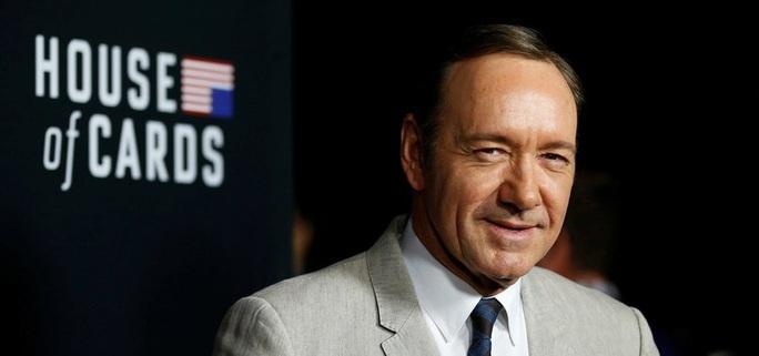 Nam diễn viên kiện tài tử Kevin Spacey tấn công tình dục - Ảnh 3.