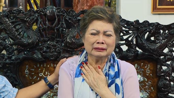 Ngọc Sơn khoe căn nhà 1.000 tỉ đồng nhưng muốn mua gì phải xin tiền mẹ - Ảnh 2.