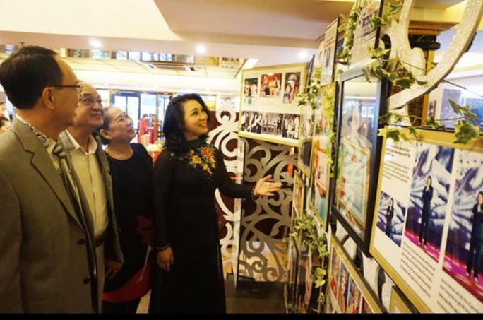 Trưng bày 103 bức ảnh Không gian nghệ thuật của NSND Minh Vương - Ảnh 5.