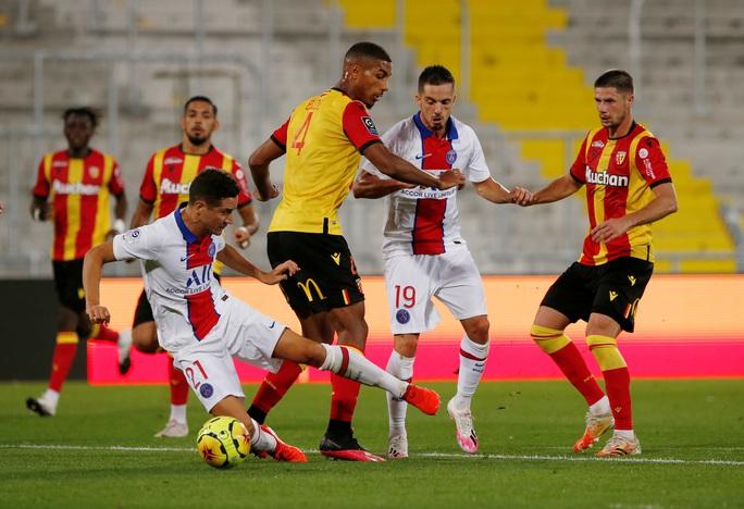 PSG thành ổ dịch Ligue 1, trắng tay trận mở màn trước tân binh  - Ảnh 3.
