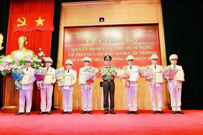 Giám đốc Công an tỉnh Thanh Hóa được thăng thiếu tướng - Ảnh 2.