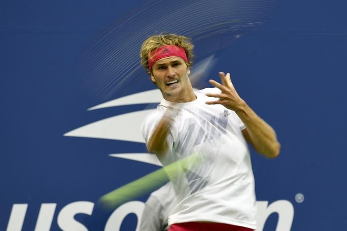 Nén đau, Dominic Thiem đánh bại Medvedev để vào chung kết US Open - Ảnh 5.