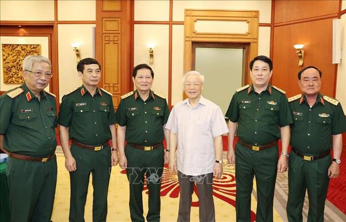 Tổng Bí thư, Chủ tịch nước chủ trì buổi làm việc với Thường vụ Quân ủy Trung ương - Ảnh 10.