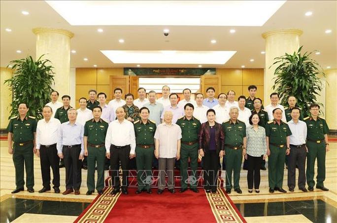 Tổng Bí thư, Chủ tịch nước chủ trì buổi làm việc với Thường vụ Quân ủy Trung ương - Ảnh 11.