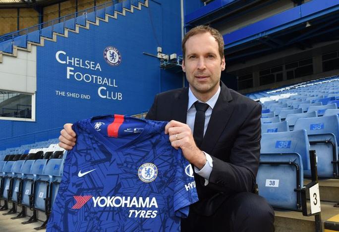 Thủ môn huyền thoại làm siêu cò, Chelsea đón tân binh thứ 7 - Ảnh 4.