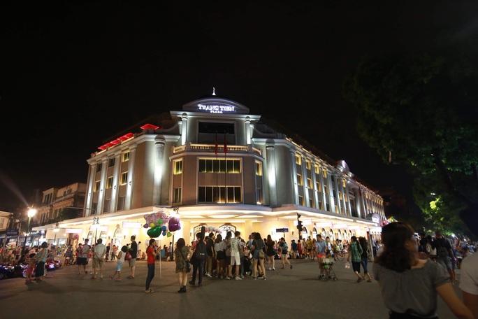 Hà Nội muốn phát triển kinh tế đêm - Ảnh 1.