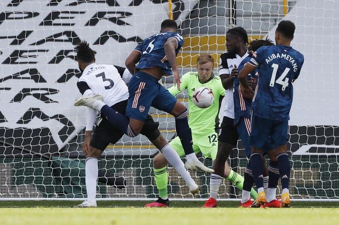 Tân binh Willian tỏa sáng, Arsenal thắng đậm trận derby London - Ảnh 4.