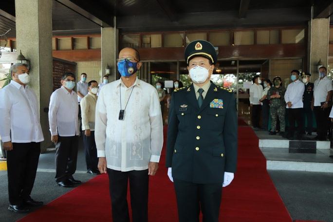 Philippines đổi chiều về biển Đông với Trung Quốc - Ảnh 2.
