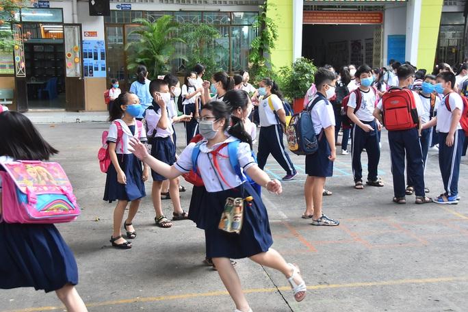 Làm gì để trẻ được an toàn trong trường học? - Ảnh 1.
