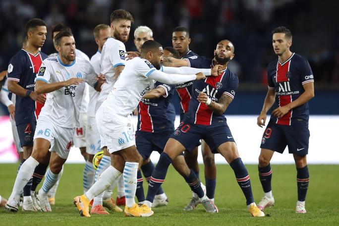 Mưa thẻ đỏ ngày Neymar tái xuất, PSG gục ngã trước Marseille - Ảnh 8.