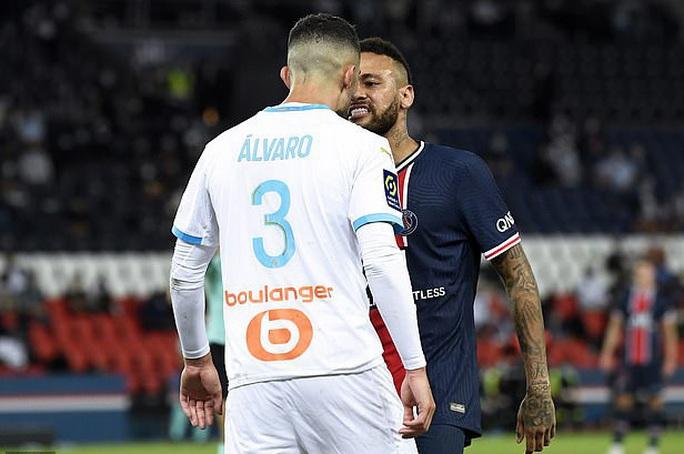 Nhận thẻ đỏ, Neymar hối tiếc vì không đánh đối phương - Ảnh 4.