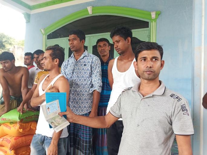 Người dân Bà Rịa- Vũng Tàu cưu mang hàng chục người Bangladesh thất nghiệp  - Ảnh 2.