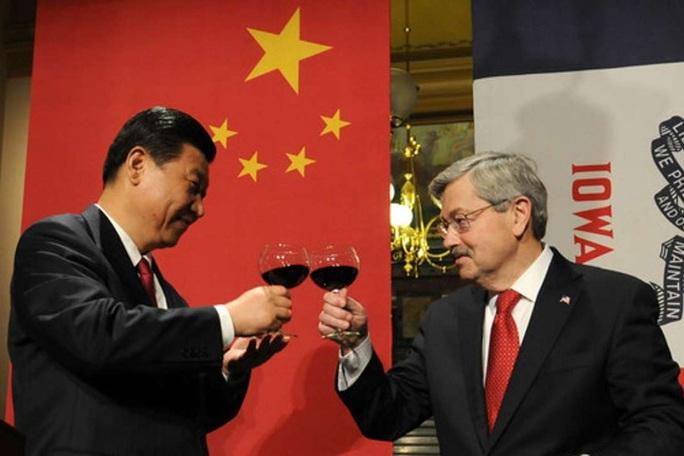 Đại sứ Mỹ tại Trung Quốc bất ngờ từ chức  - Ảnh 1.