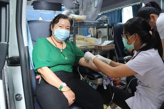 Hơn 500 đoàn viên tham gia hiến máu cứu người - Ảnh 1.