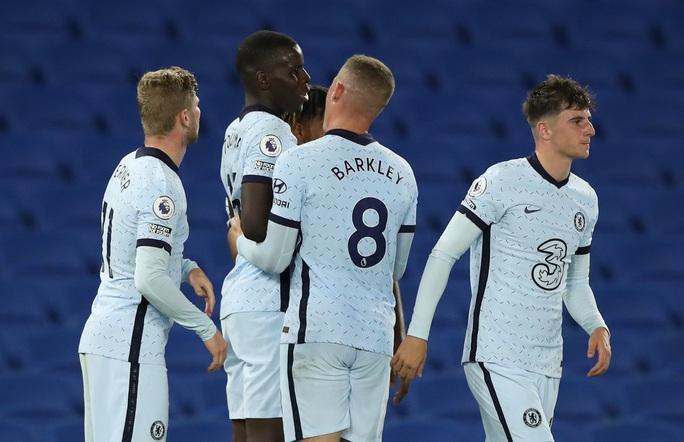 Hậu vệ lập công, Chelsea đại thắng Brighton vào top 3 - Ảnh 8.