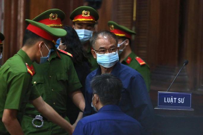Xét xử ông Nguyễn Thành Tài và đồng phạm: Nhiều doanh nghiệp và cá nhân liên quan vắng mặt - Ảnh 1.