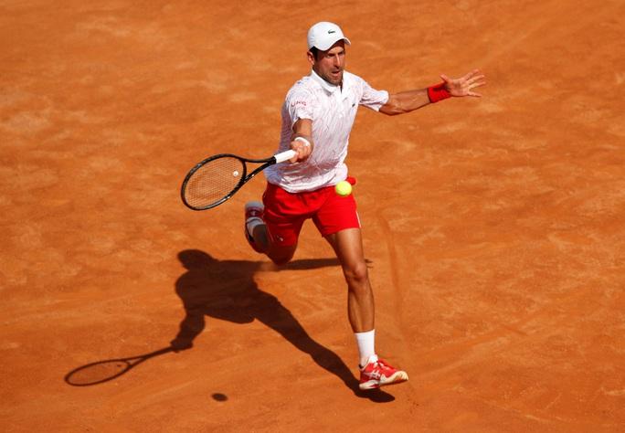 Novak Djokovic thắng dễ ngày ra quân Rome Masters 2020 - Ảnh 1.