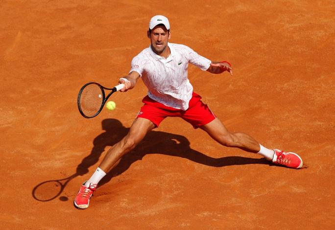 Novak Djokovic thắng dễ ngày ra quân Rome Masters 2020 - Ảnh 3.
