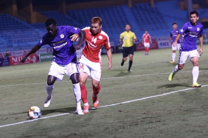 Hà Nội FC đè bẹp CLB TP HCM 5-1, Văn Quyết lập hat-trick - Ảnh 1.
