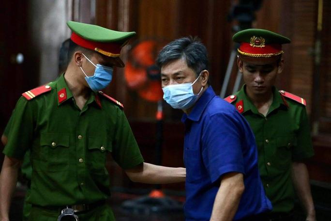 Xét xử ông Nguyễn Thành Tài và đồng phạm: Nhiều doanh nghiệp và cá nhân liên quan vắng mặt - Ảnh 7.